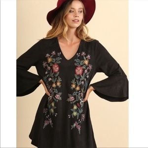 UMGEE Black Faux Suede Embroidered Dress size M
